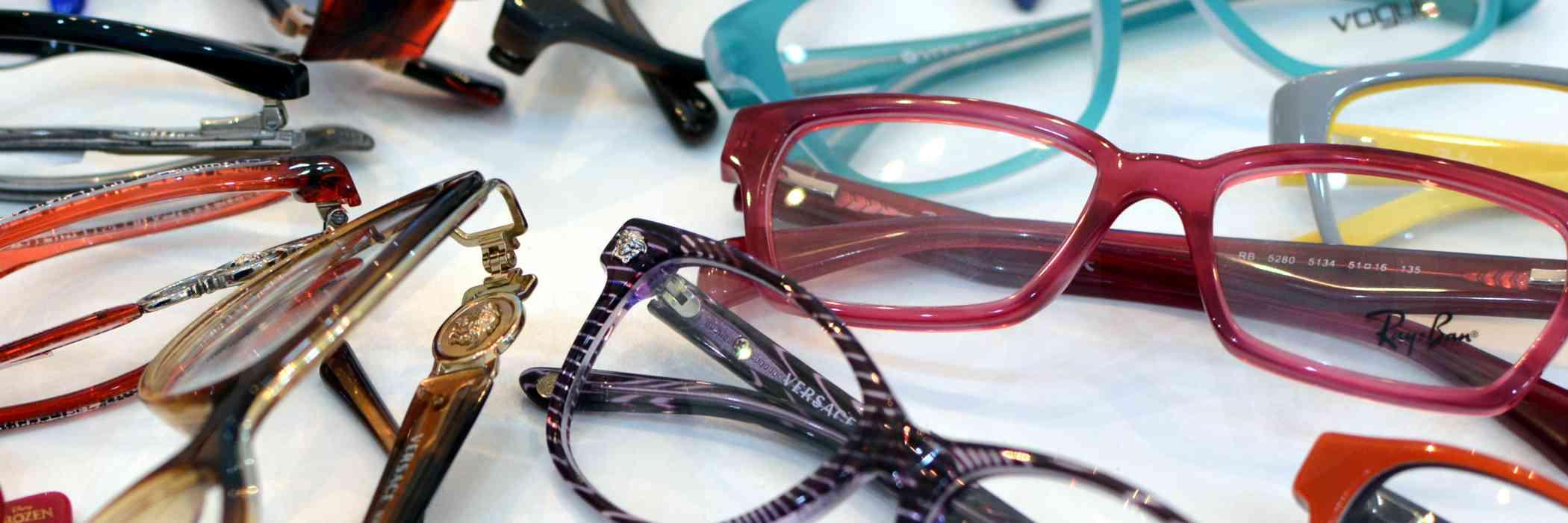 Optical De Wand 1020 Laeken: lunettes lentilles de contact opticien hommes femmes enfants bebes Bruxelles